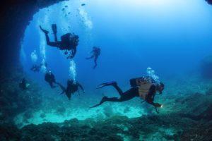 fotografia immersione guidata a Capo Figari, Divemaster Manuel Caboni - foto di Adolfo Maciocco